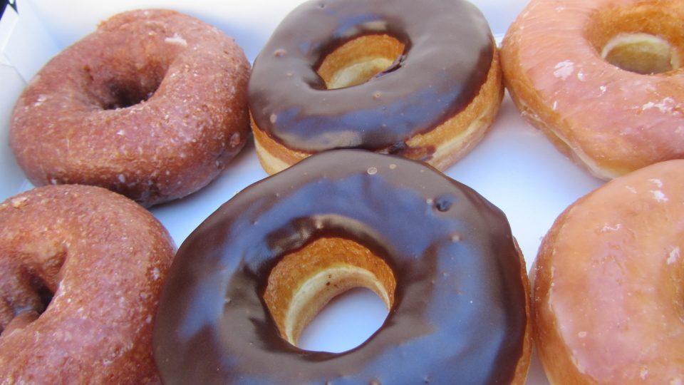 dunkin donut au pair